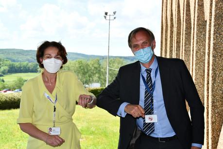 La CEO de Circuit Foil, Fabienne Bozet, et le CEO du List, Thomas Kallstenius, ont signé le plus gros partenariat du centre de recherche avec une entreprise de taille moyenne. Un signal en direction de l'industrie du futur. (Photo: Circuit Foil / List)
