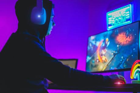 Chaque jour, 30millions de personnes regardent du contenu de Twitch et financent les activités des streamers. (Photo: Shutterstock)