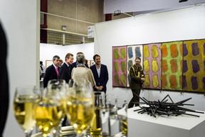 Alex Reding (Directeur de Luxembourg Art Week) et S.A.R. le Grand-Duc Henri ((Photo: Mike Zenari))