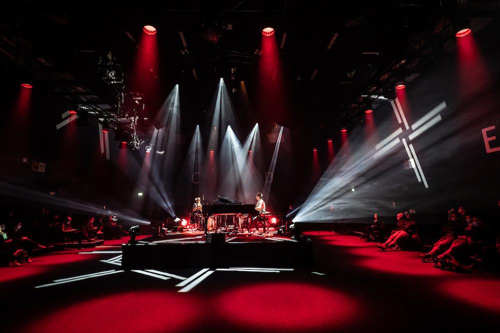 La configuration du Club de la Rockhal pour cette série de concerts-tests. (Photo: Claude Piscitelli)