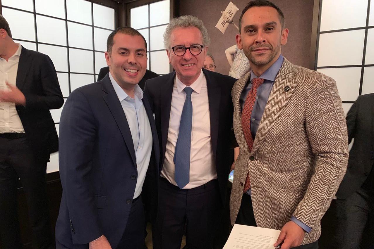 Ahmed Shabana, managing partner de Parkpine Capital; le ministre des Finances, Pierre Gramegna, et le CEO de la Lhoft, Nasir Zubairi, ont signé un accord qui verra le Luxembourg organiser le premier Global Ventures Summit en Europe. (Photo: MFIN / SIP)