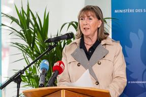 La bourgmestre de Luxembourg-ville, Lydie Polfer (DP), a révélé jeudi 16 juillet le nom du stade national lors d'une conférence de presse. ((Photo: Caroline Martin))