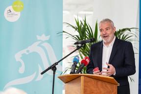 Le ministre des Sports, Dan Kersch (LSAP), lors de la conférence de presse sur l'avancement des travaux du nouveau stade national de football et de rugby. ((Photo: Caroline Martin))