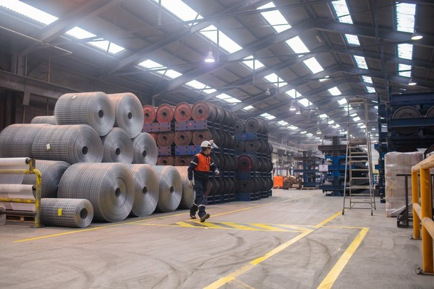 14 ans après la création de la société, la logistique du géant de l'acier a aussi sa convention collective, qui reprend les conditions des autres structures du groupe. (Photo: Matic Zorman / Archives Paperjam)