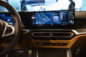 Un écran panoramique décline toutes les informations souhaitées par le conducteur. ((Photo: BMW/Diana Sellier))