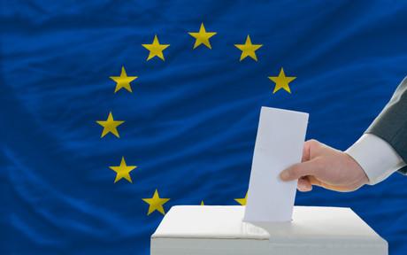Les électeurs qui ne pourront se rendre au bureau de vote pour les élections européennes devront effectuer leur vote par correspondance. (Photo: Shutterstock)