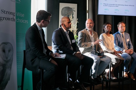 Justin Partington (IQ-EQ), Fèmy Mouftaou (IQ-EQ), Nicholas Curwen (EQT Partners), Aïssata Coulibaly (EY) et Matthias Kerbusch (Clifford Chance). (Photo: Matic Zorman)