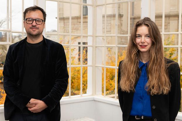 Filip Markiewicz et Lisa Kohl reçoivent le prix Pierre Werner 2020. (Photo: CAL/ Henri Goergen)