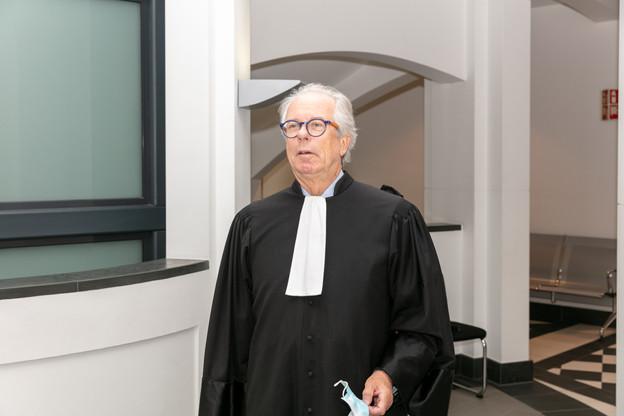 Me AndréLutgen est poursuivi pour tentative d'intimidation envers un magistrat et outrage. Son procès ne cesse de prendre des directions inattendues. (Photo: Romain Gamba/Maison Moderne)