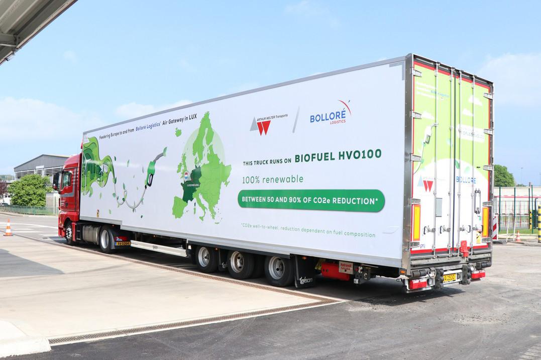 Arthur Welter Transports et Bolloré Logistics Luxembourg ont sollicité la filiale de TotalEnergies au Luxembourg pour l'installation de pompes «Total HVO100» sur le centre routier sécurisé (CRS) à Bettembourg. (Photo: Christophe Steichen/Total Luxembourg)