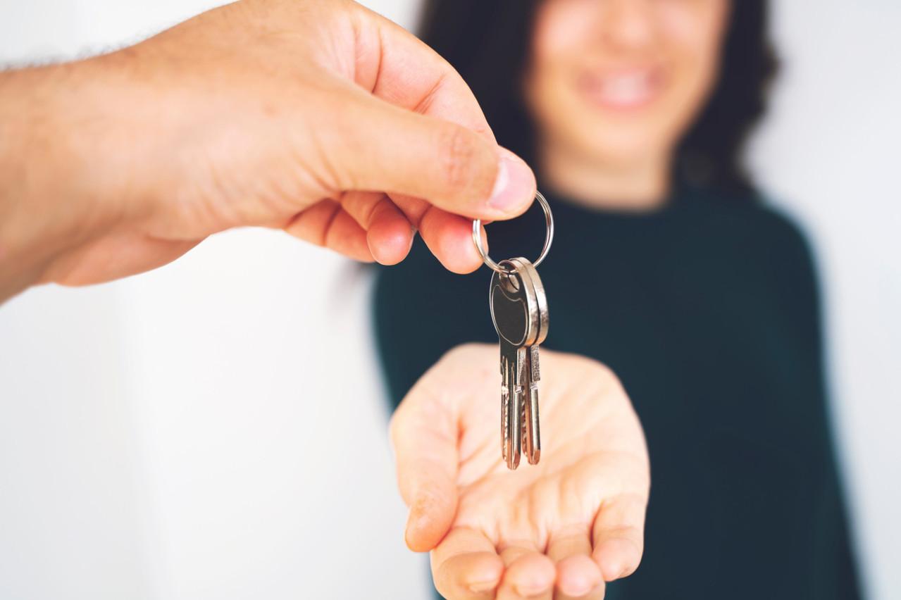 La réduction des frais de trois (voire quatre) mois à deux mois pourrait se traduire par une hausse des loyers afin que les loueurs prennent des garanties, redoute la Chambre de commerce. (Photo: Shutterstock)