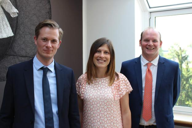Wildgen a nommé trois nouveaux directeurs (de g. à d.):Daniel Krauspenhaar en banque et finance, Muriel Piquard en litige relevant du droit des sociétés et du droit commercial, ainsi qu'en du droit du travail, et Romain Viard en droit immobilier et des sociétés. (Photo: Wildgen)