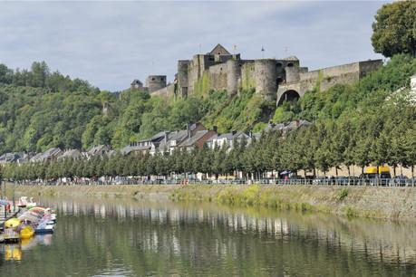 Parmi les endroits à découvrir avec un tarif préférentiel: Bouillon et son magnifique château, dit de Godefroid. (Photo: Shutterstock)