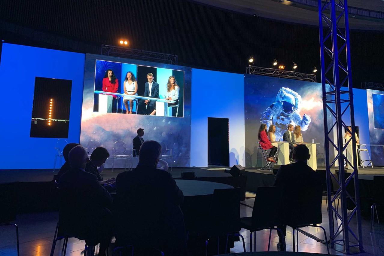 Himadri Pathak, Séréna Boukelmoun, Eric Weber et Laura Much ont échangé sur leur rapport à l'argent. (Photo: Paperjam)