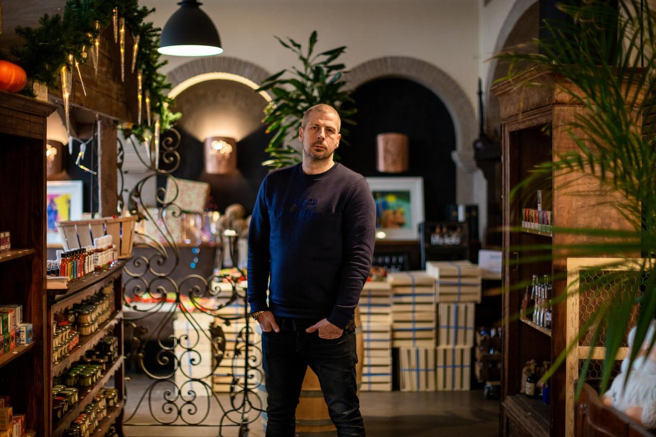 Christophe Schivre a mis toute son énergie à faire de The Shop'elle une épicerie à la fois pointue, gourmande et joyeusement décalée. Romain Gamba/Maison Moderne