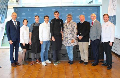 Le chef de cuisine du pavillon luxembourgeois à l'Exposition universelle de 2020, Kim Kevin de Dood (à droite), sera assisté par Caroline Esch (deuxième en partant de la gauche, puis de gauche à droite), Aurélien Fontaine, Clovis Degrave et Archibald De Prince. (Photo: EHTL)