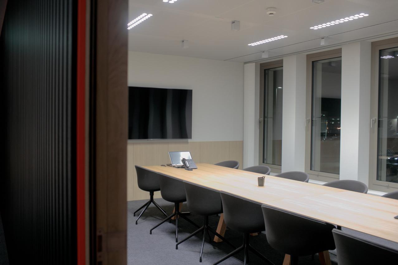 Les espaces de bureaux vont devoir être adaptés pour accueillir à nouveau les équipes en toute sécurité. (Photo: Matic Zorman/Archives Maison Moderne)