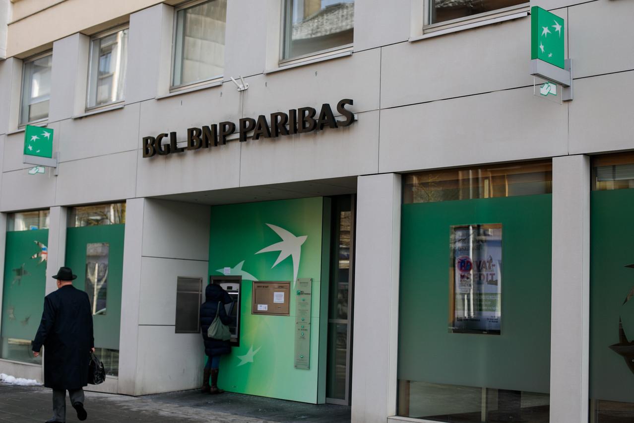 BGL BNP Paribas dispose de 41 agences dans le pays. La banque a réaménagé récemment ses agences existantes et ouvert de nouvelles antennes à Weiswampach et dans les nouveaux quartiers de la Cloche d'Or.  (Photo: Matic Zorman/archives)