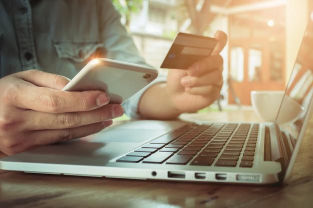 En 2018, environ 44 milliards de transactions ont été traitées, pour une valeur totale de 34.000 milliards d'euros. (Photo: Shutterstock)