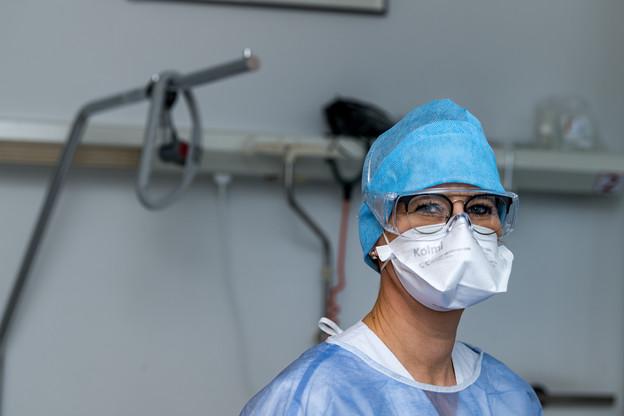 Au Luxembourg, les masques de type FFPrestent «réservés en principe aux professionnels de la santé ou encore aux personnes vulnérables, ainsi qu'aux personnes testées positives». (Photo: Nader Ghavami / Maison Moderne)