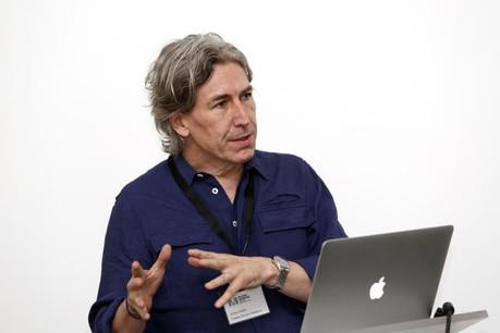 Grand spécialiste des magazines, Jeremy Leslie voit le futur comme une remise en question permanente. (Photo: DR)