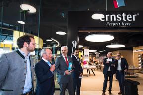 Fernand Ernster était accompagné de son fils Paul Ernster pour l'ouverture de la nouvelle librairie. ((Photo: Nader Ghavami))