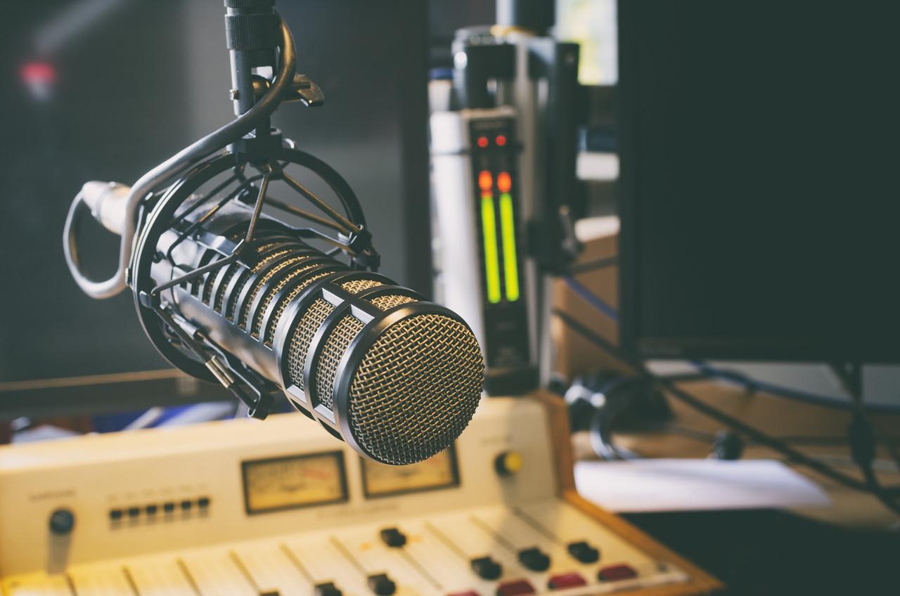 La station de radio communautaire redoute l'impact de la réforme des aides à la presse. (Photo: Shutterstock)