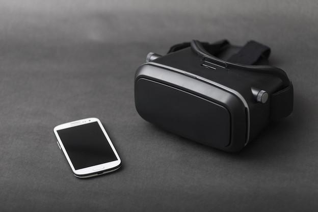 L'entreprise Axon propose des casques de réalité virtuelle aux services de police afin de se mettre dans la peau des personnes atteintes de handicaps ou sujettes à des crises émotionnelles. (Photo: Shutterstock)