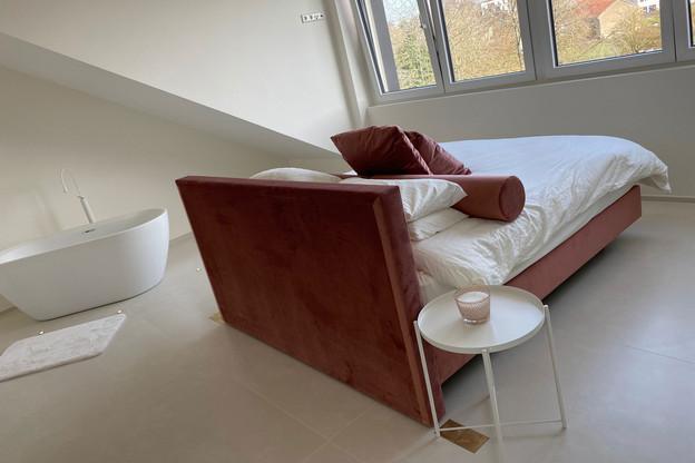Une chambre de style hôtel dans la maison de Mamer construite par JaneExall-Phillips et son mari. (Photo: JaneExall-Phillips)