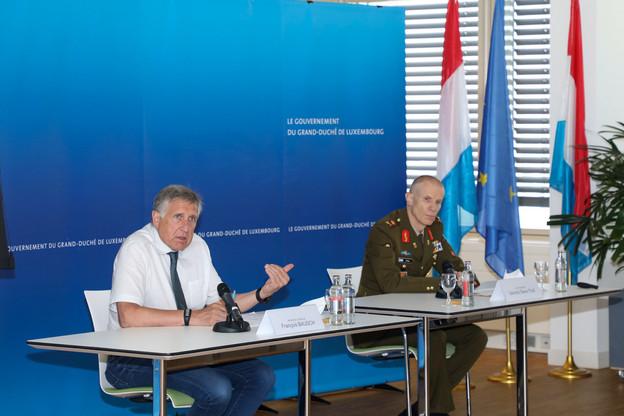 Pour FrançoisBausch, ministre de la Défense, et SteveThull, chef d'état-major,l'effectif de l'armée n'est plus en adéquation avec son rôle. (Photo: SIP)