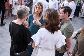 Françoise Nyssen entourée de Sam Stourdzé (Rencontres d'Arles), Sam Tanson (ministre de la Culture) et Florence Reckinger (Lët'z Arles) ((Photo: Romain Girtgen / CNA))