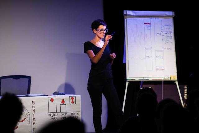 Aline Fares présente le monde bancaire comme vous ne l'avez jamais vu. (Photo: Aline Fares)
