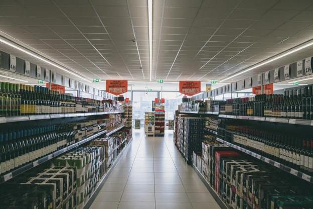Les nouveaux supermarchés Lidl arborent une esthétique plus sobre, plus moderne et moins criarde. (photo : Sven Becker)
