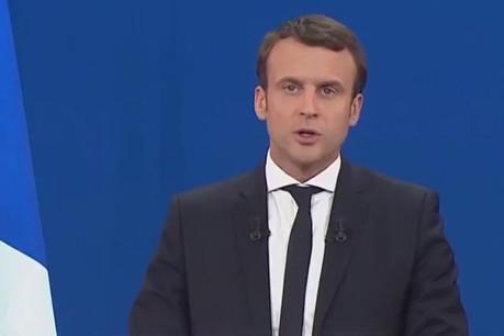 Emmanuel Macron doit continuer de creuser son sillon s'il ne veut pas tomber dans les écueils de ses prédécesseurs. (Photo: capture d'écran / Twitter)