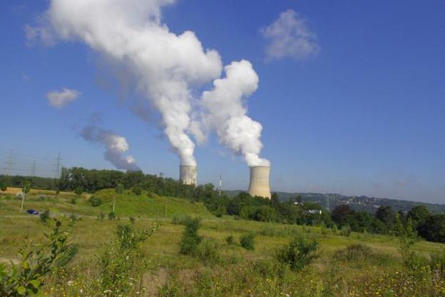 Le réacteur 1 de la centrale de Tihange, mis en service en 1975, devait être arrêté en 2015 mais le gouvernement a prolongé son utilisation jusqu'en 2025. (Photo: Licence CC)