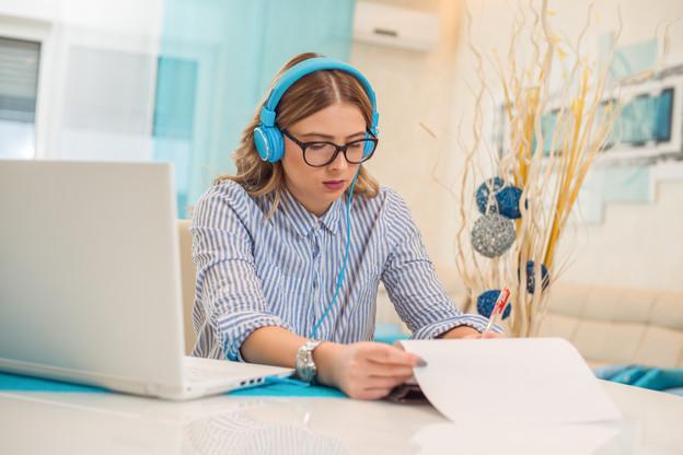 L'INL offrira la possibilité de suivre des cours de langues via une plate-forme en ligne. (Photo: Shutterstock)