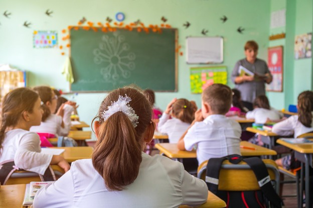 De nombreuses questions demeurent quant à la rentrée des classes du niveau fondamental annoncée pour le 25 mai. (Photo: Shutterstock)