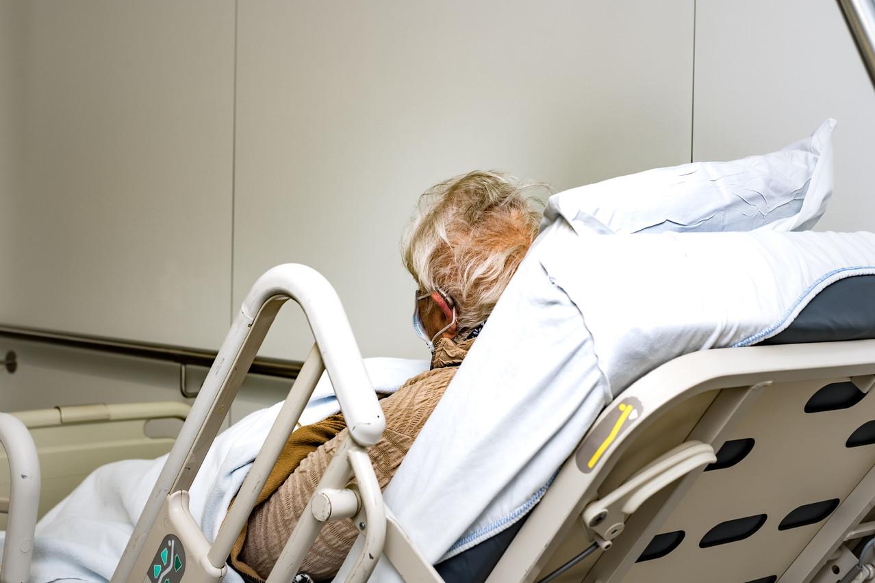 Les patients hospitalisés pourront revoir leurs proches, sauf ceux séjournant en soins palliatifs, en soins intensifs et en unité Covid. (Photo: Nader Ghavami/Maison Moderne)
