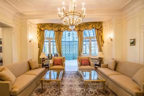 La salle de séjour principale. (Ambassade des Etats-Unis au Luxembourg)