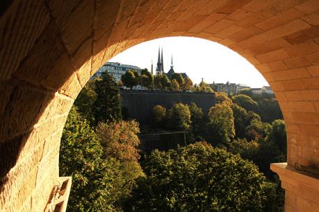 Malgré la crise sanitaire, le Luxembourg affiche des indicateurs économiques moins inquiétants que ses voisins. (Photo: Shutterstock)
