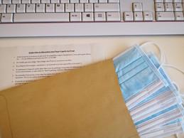 Un «Guide utile du déconfiné» a été distribué sur chaque bureau. ((Photo: Foyer))