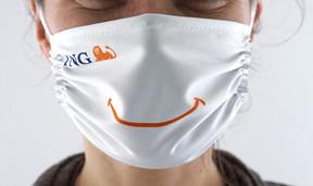 Des milliers de masques et de bouteilles de gel hydroalcoolique ont été produits pour les employés.                  ((Photo: ING))