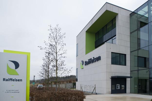 La moitié du personnel de la banque Raiffeisen a repris le travail au siège ou en agence. (Photo: archives Maison Moderne)