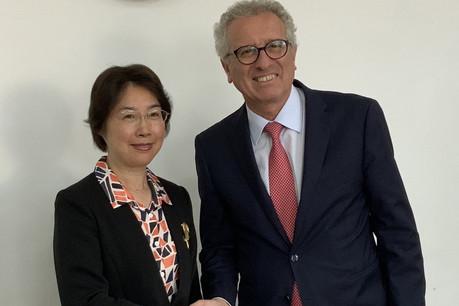 Jiayi Zou, vice-ministre des Finances, et Pierre Gramegna ont pu échanger lors d'un déplacement du ministre des Finances en Chine cette semaine. (Photo: Ministère des Finances)