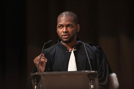 Ibrahim Dème est stagiaire judiciaire au sein de l'étude Lextrust. (Photo: Simon Verjus/Maison Moderne)