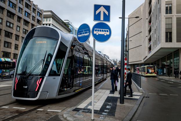 La liaison en tram est désormais réalité pour le complexe mêlant appartements, bureaux et commerces. (Photo: Nader Ghavami/Maison Moderne)