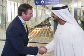 (de g. à dr.) S.A.R. le Grand-Duc héritier; cheikh Ahmed Bin Saeed Al Maktoum, président-directeur général d'Emirates Airline & Group et président du Comité supérieur de l'Expo 2020. ((Photo: © SIP / Jean-Christophe Verhaegen, tous droits réservés))