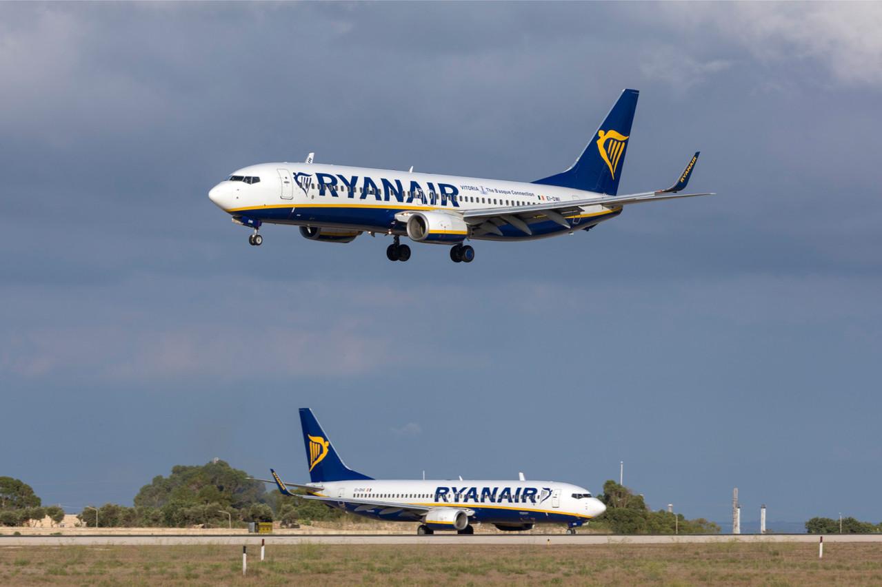 Ryanair menace de fermer trois bases allemandes si les pilotes refusent une baisse de salaire en échange du maintien de l'emploi. (Photo: Shutterstock)