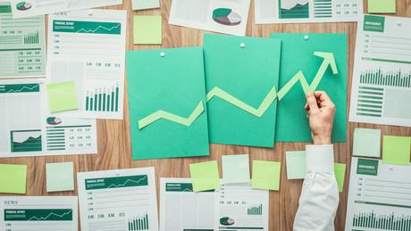 L'apprentissage de la finance durable devrait permettre d'adapter ses produits financiers aux normes ESG. (Photo: Shutterstock)