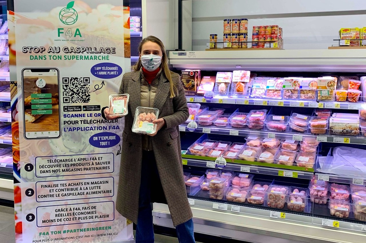 Via l'application F4A, les participants au concours pourront trouver les produits adéquats dans les magasins partenaires, comme ici, au Proxy Delhaize Soho (Luxembourg-Hollerich). (Photo: DR)